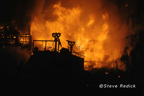 photos of massive historic fire in Chicago