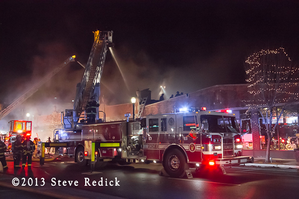 large fire destroys stores in downtown Evanston 12-29-13