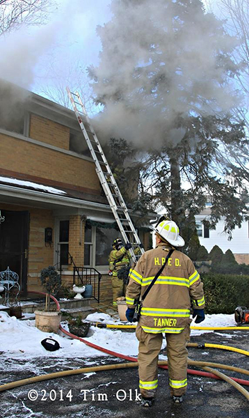 Highland Park IL firemen battle winter house fire 1-15-14