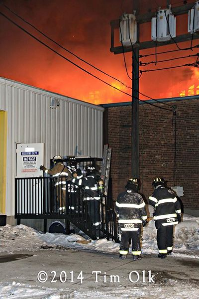massive warehouse fire in Cicero IL 1-21-14