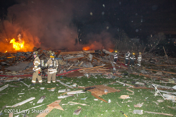 explosion destroys home in Long Grove