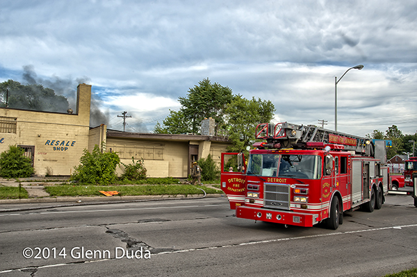 Detroit FD ladder truck