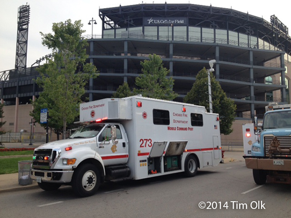 Chicago FD mobile command post