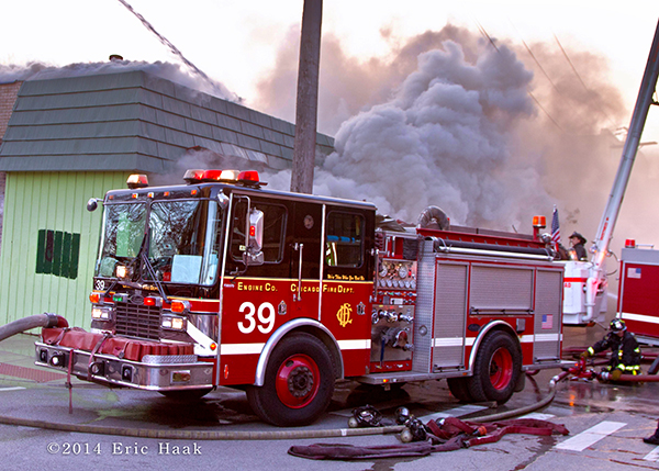 Chicago FD Engine 39 at a fire scene
