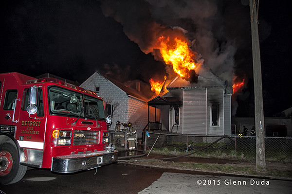 night fire scene in Detroit
