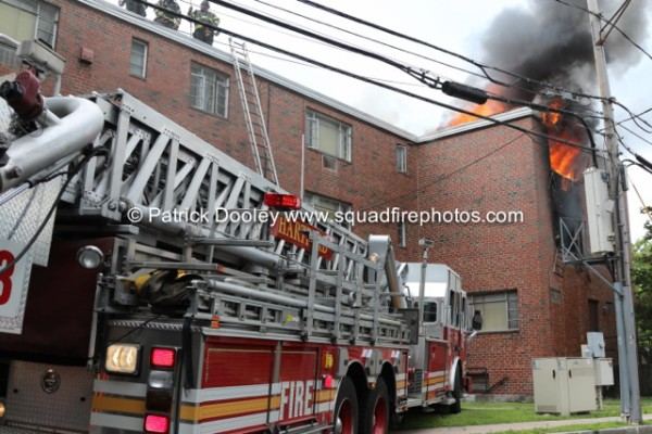 Sutphen tower ladder at Hartford 2-alarm fire