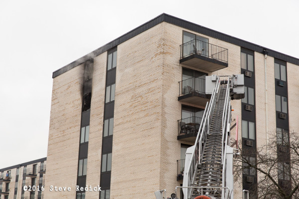 apartment building fire in Niles IL