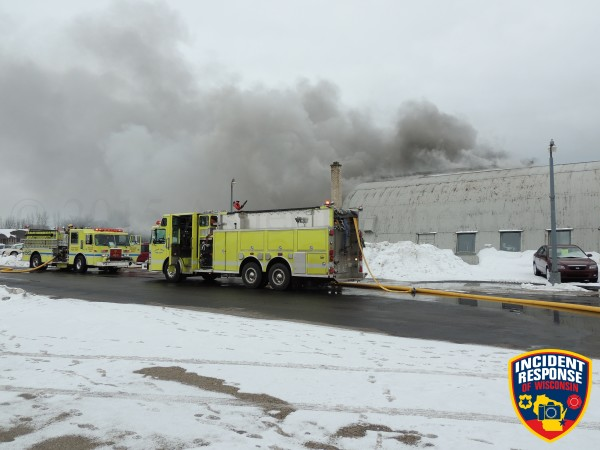 heavy smoke from auto repair shop fire