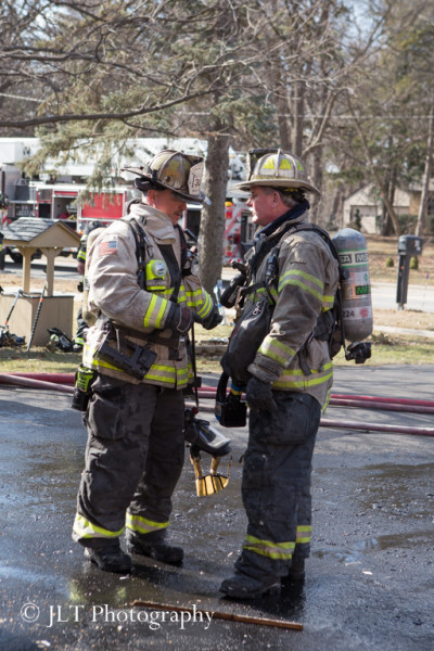 firechiqefs talking at scene
