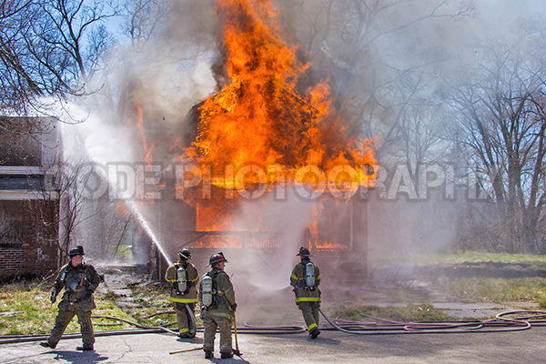 vacant house destroyed by fire in Detroit