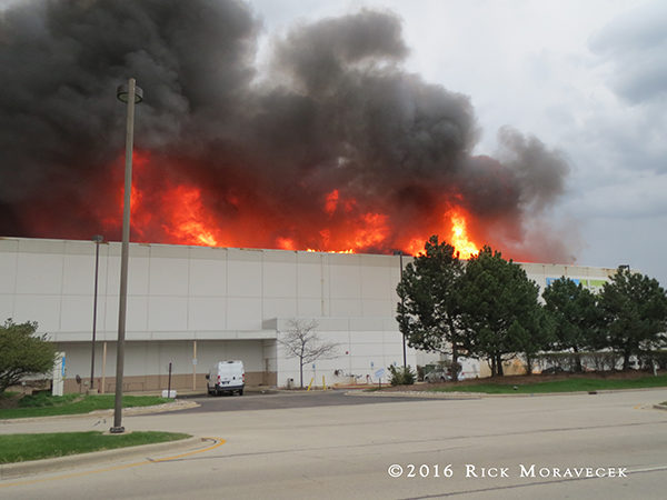 Fire Guts The Room Place Furniture Warehouse Firescenes Net
