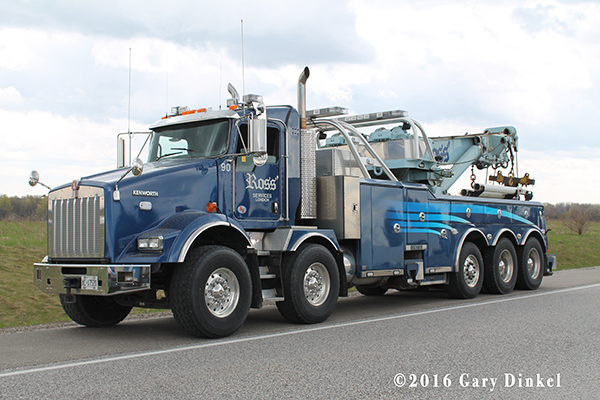 Ross' Towing heavy wrecker with dual front axles