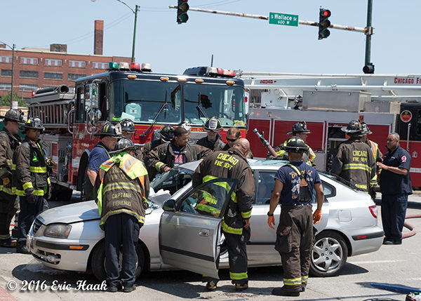 Fire truck strikes a car in chicago firescenes net Motor vehicle chicago