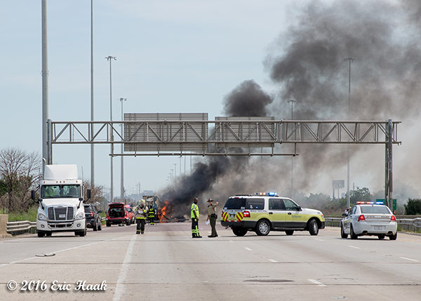 truck fire on Chicago highway