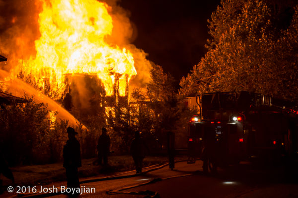 Detroit dwelling fully engulfed in flames
