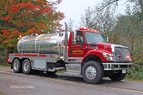 Puslinch Fire Rescue fire truck Water Master tanker