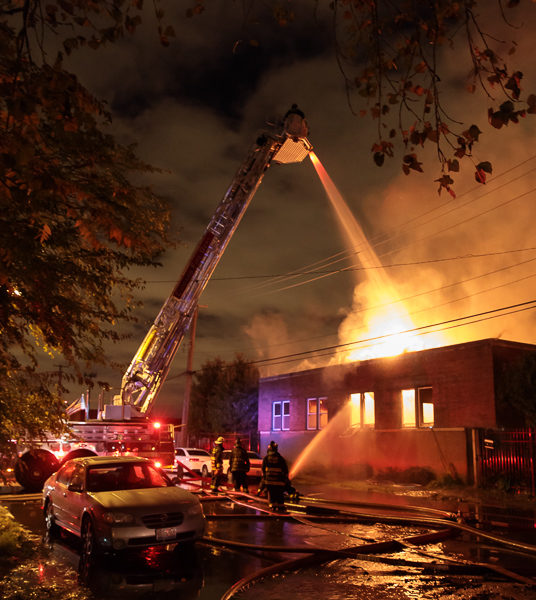 night fire scene with Chicago FD Engine 109