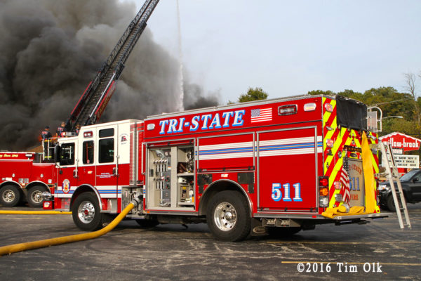 Tri-State FPD engine at fire scene