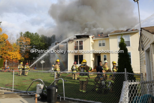 firefighters battle fire that destroyed multiple apartments