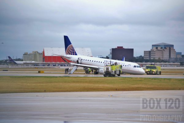 United Airlines plane with collapsed nose gear in San Antonio