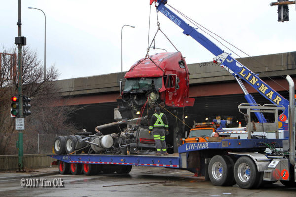 Lin-Mar Towing heavy wrecker at work
