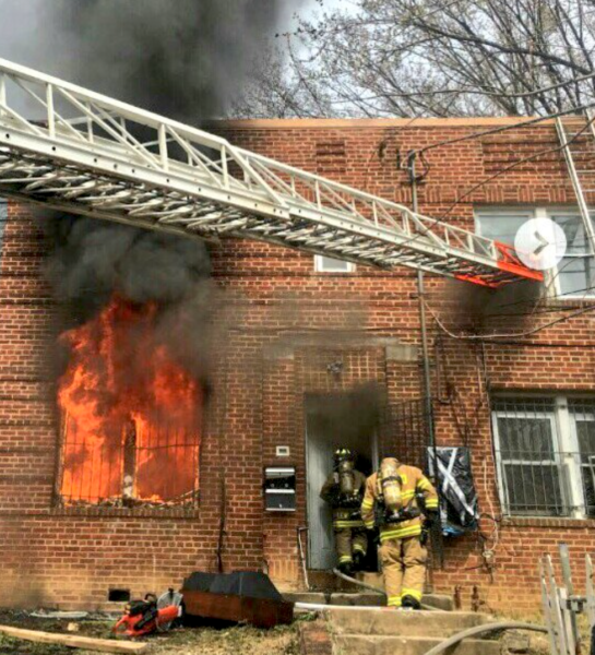 apartment fire in Washington DC