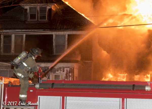 Detroit firefighter deploys deck gun at house fire