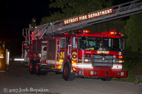 Detroit FD Ladder 26