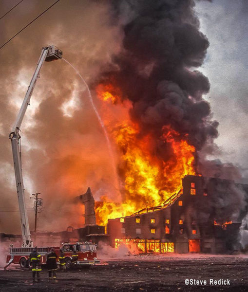 vintage 5-11 alarm massive fire in Chicago
