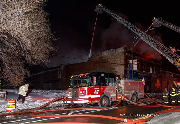 Chicago FD Engine 47 at work