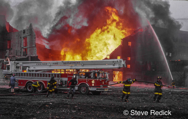 Chicago FD 84' Seagrave Snorkel at work
