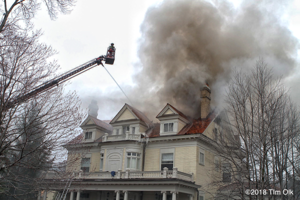large house in Hinsdale destroyed by fire