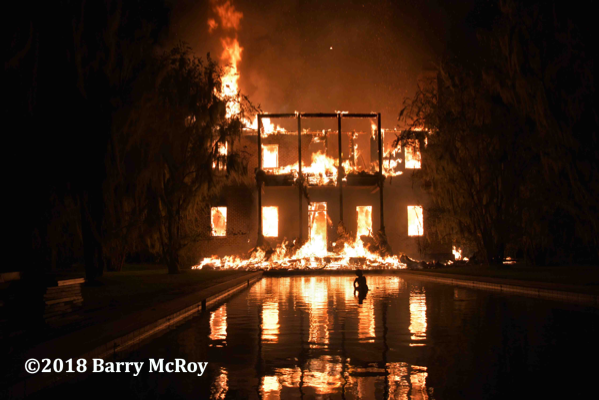 South Carolina plantation house engulfed in fire