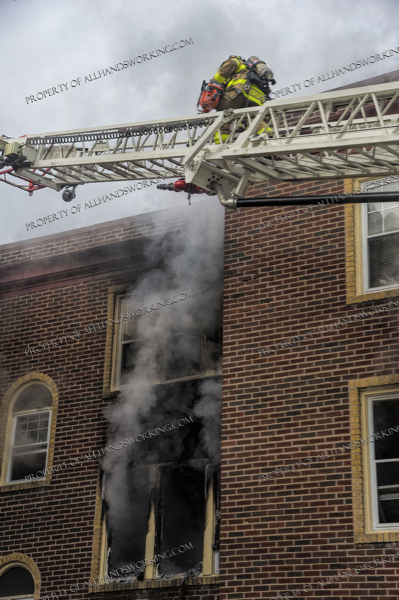 apartment building fire in West Haven CT