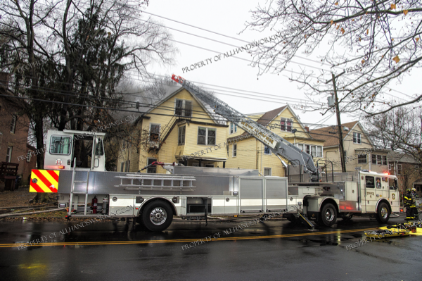 New Haven FD Seagrave TDA at fire scene