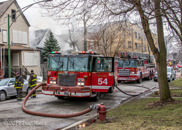 Chicago FD Engine 54 at fire scene
