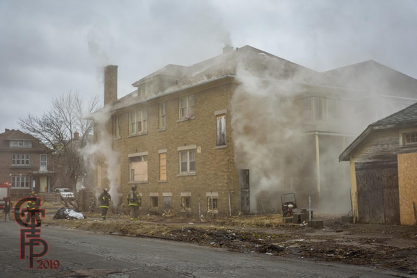 smoke from vacant Detoirt house