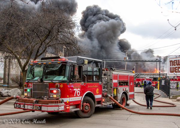 Chicago FD Engine 76 pumping at a huge fire