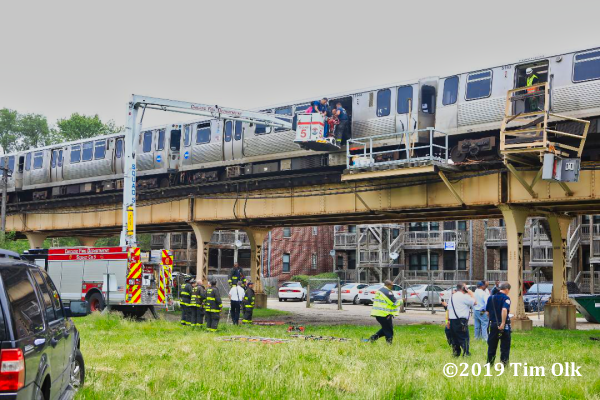 Chicago Transit Authority elevated train derailment