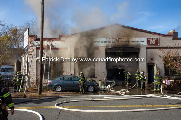 commercial building fire in Hartford