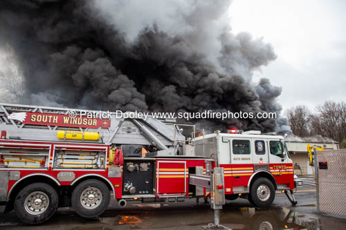 2-Alarm commercial building fire in South Windsor CT