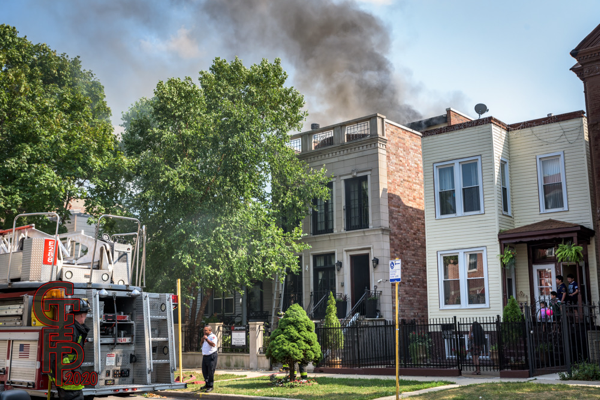 working fire in Chicago 8-26-20