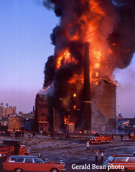 huge 1966 fire in Chicago