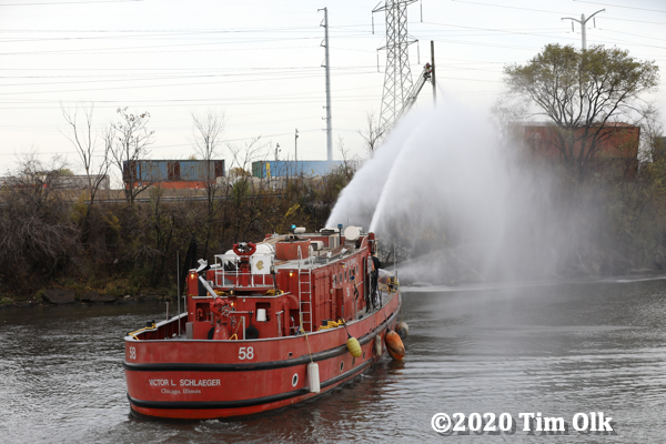 Chicago FD Engine 58 - Fire Boat Victor L. Schlaeger