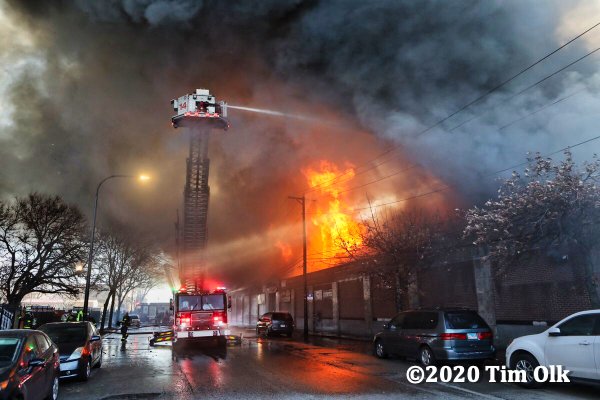 4-11 Alarm fire in Chicago 12-10-20