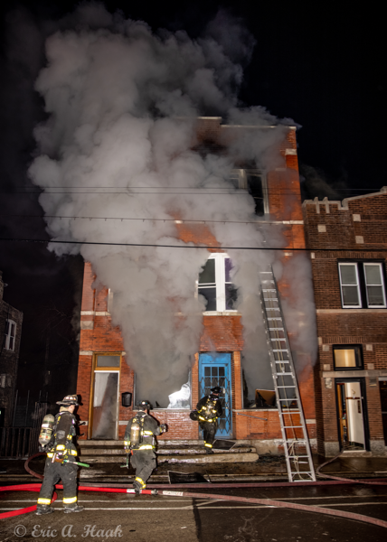 Firefighters battle fire in Chicago