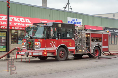 Chicago FD Engine 102