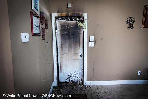 Interior Door Holds Fire From Garage Firescenes Net